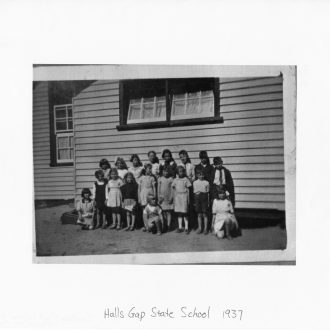 Halls Gap School 1937